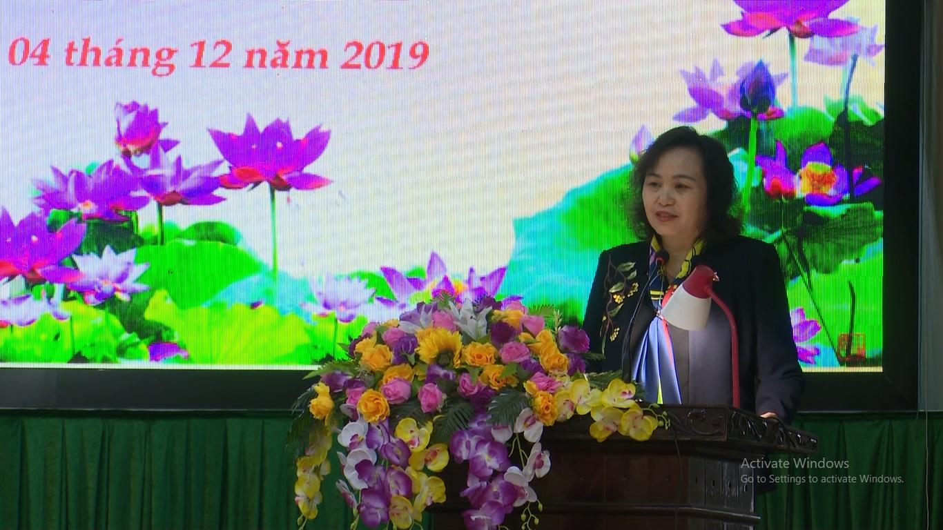 Đồng chí Cao Thị Xuân, Phó Chủ tịch Hội đồng Dân tộc Quốc hội tiếp thu những ý kiến, kiến nghị của cử tri